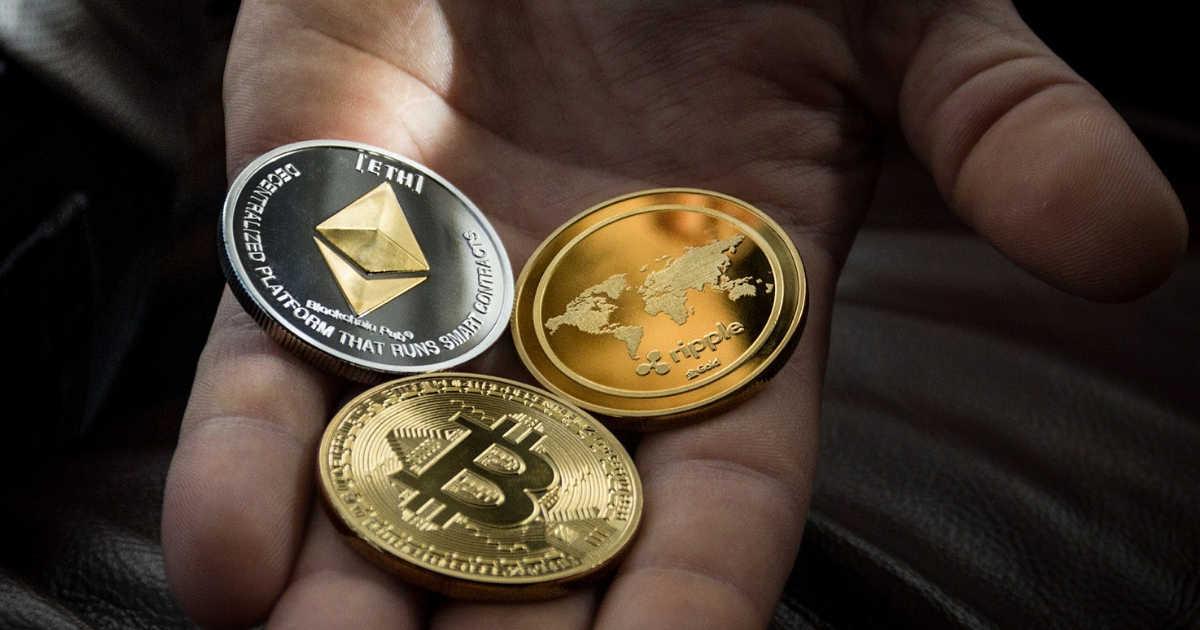 bitcoin và altocin