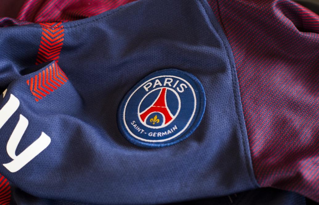 Messi lên máy bay sang Paris, giá PSG chạm ngưỡng 60 USD