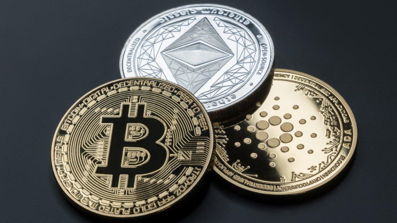 Bitcoin, Ethereum và Cardano: Bạn nên đầu tư vào đồng nào?
