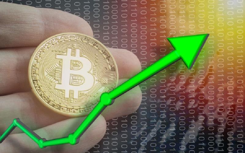 Nhiều người tin Bitcoin sẽ sớm vượt 70.000 USD